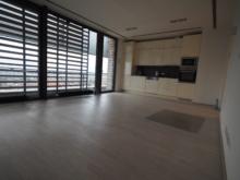 Pronájem výjimečného bytu 2+kk/T, 68 m2 + terasa, Praha 4 – Novodvorská